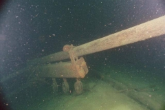 Another-view-of-the-toppled-mainmast